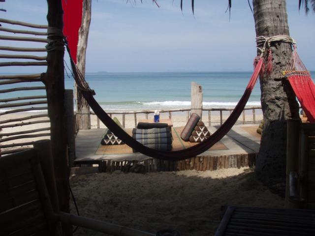 Prae Ae Beach, Koh Lanta, Thailand. Och det är i Januari.